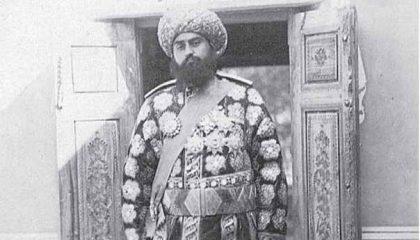 Что связывало эмира бухарского с Крымом и Исмаилом Гаспринским?