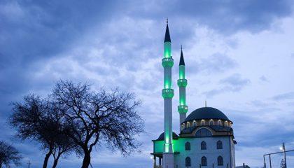 Къадыр-Джами - Величественная мечеть