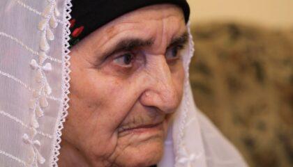 Эдае Абдураманова пишет стихи в 87 лет