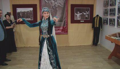 «Герой войны и танца»: открылась выставка об Акиме Джемилеве
