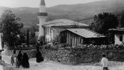 Чехов пожертвовал крупную сумму крымской мечети