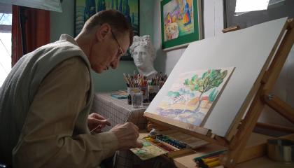 Энвер Изетов: художник улучшает мир