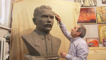 В Крыму установят бюст Номана Челебиджихана