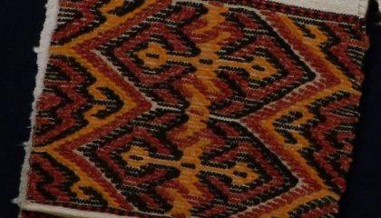 У богатой крымской татарки было в приданом до 500 полотенец