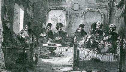 В крымскотатарских кофейнях было тихо, как в библиотеках