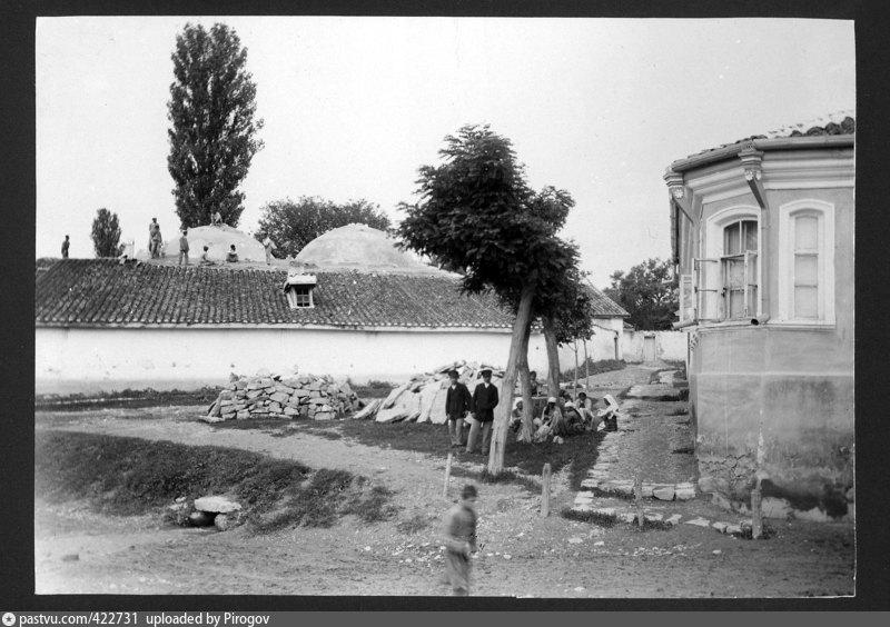 Бани Карасубазара. Фото Антона Стуксберга. 1897 год