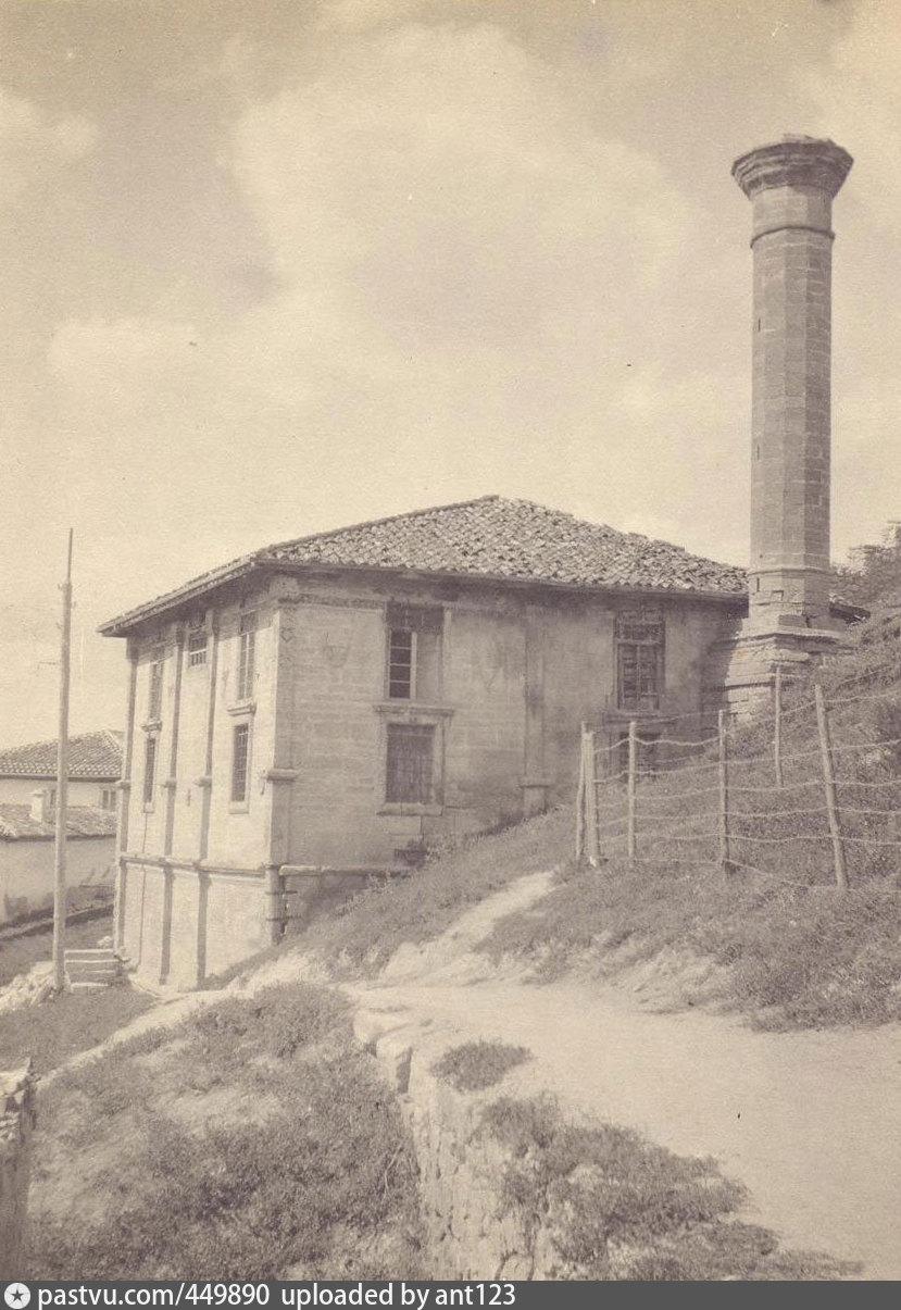 Мечеть Ешиль-Джами в Бахчисарае. Фото начала XX в