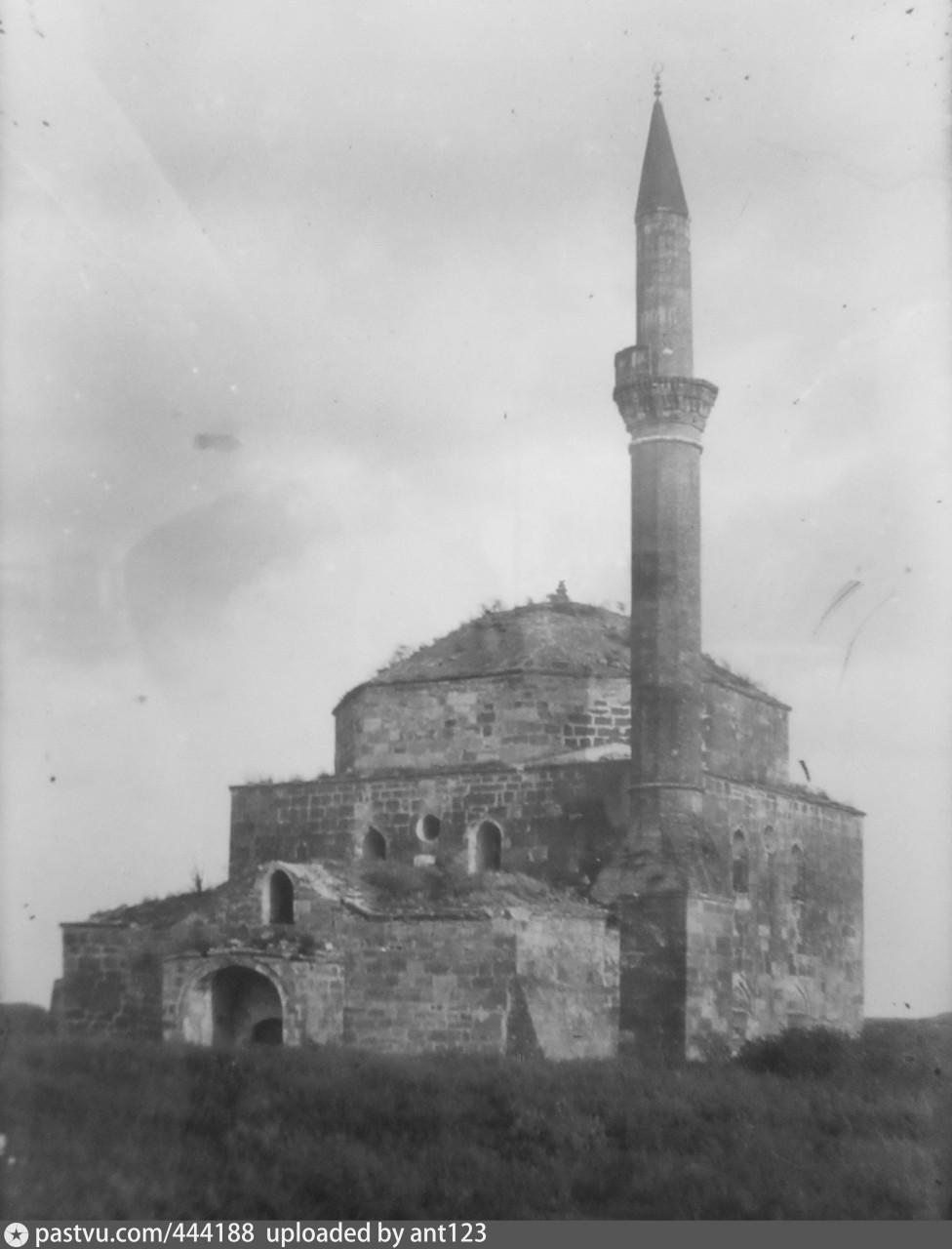 Мечеть в деревне Колеч-Мечеть Кировского района. 1927 год