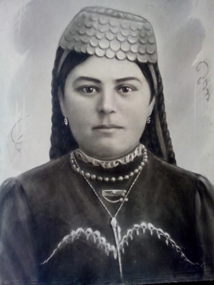 shasnie-izmajlova-iz-der-koz-1918-god-prababushka-zarriny-vaapovoj